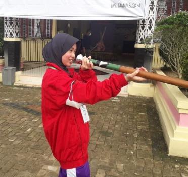 Jihan Fazila Az-Zahra (SMA YPK) Juara 3 Lomba Olahraga Tradisional Tingkat Kaltim Tahun 2021
